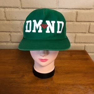 Green white & red Diamond hat